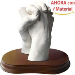 escultura de manos en pareja