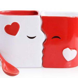 juego de tazas de besos