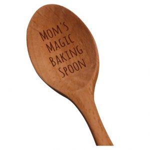 cuchara de madera para madres
